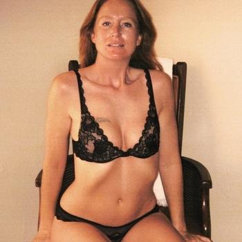 Een vrouw die af en toe wat intimiteit en passie nodig heeft.